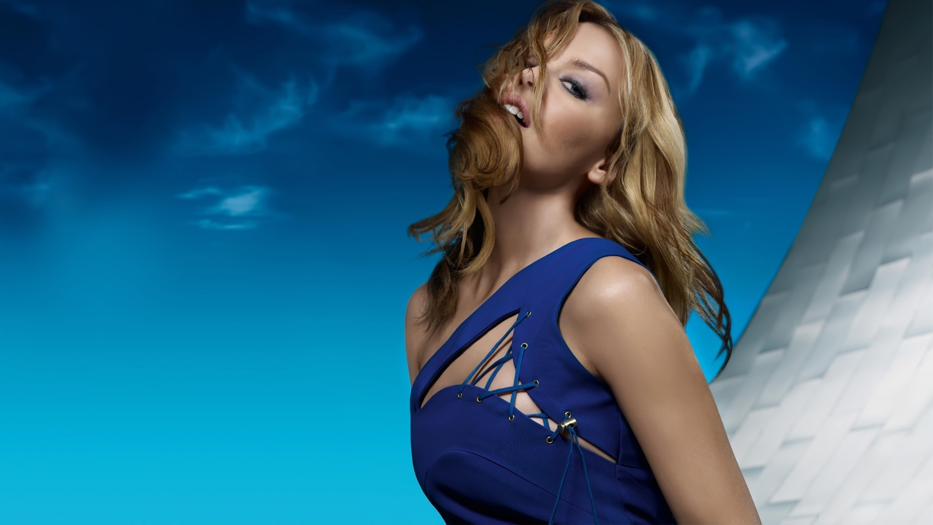 "Kylie Minogue interview: ""I do like cosmic thoughts"""