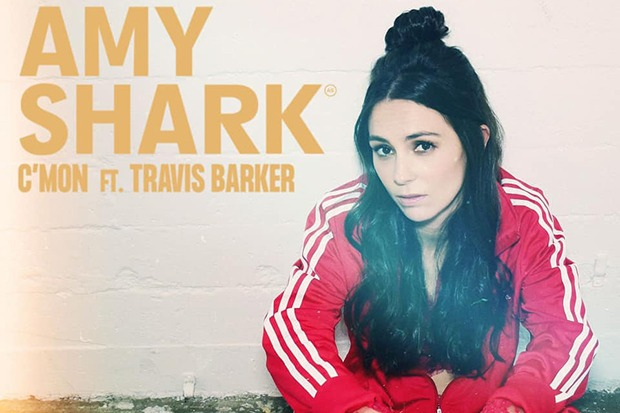 """Amy Shark Teams Up With Travis Barker For """"C'MON"""""""