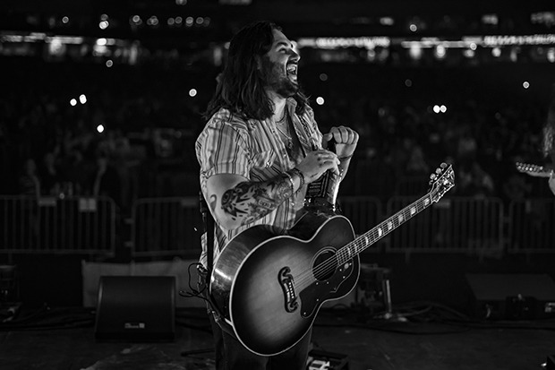 Koe Wetzel Unveils Tracklist Of New Album 'Sellout'