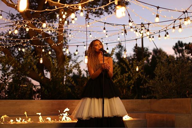 "Leona Lewis Sings ""Ave Maria"" In Her Backyard"