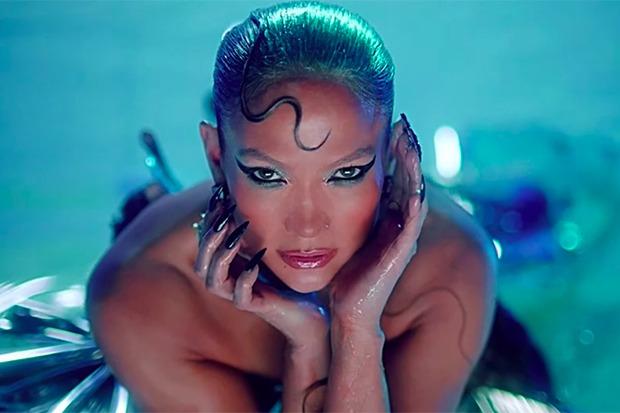 "Jennifer Lopez Drops Blockbuster ""In The Morning"" Video"