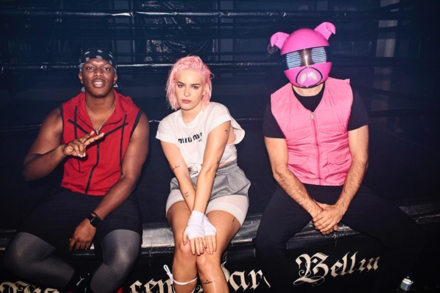 "Anne-Marie, KSI & Digital Farm Animals Unite For ""Don't Play"""