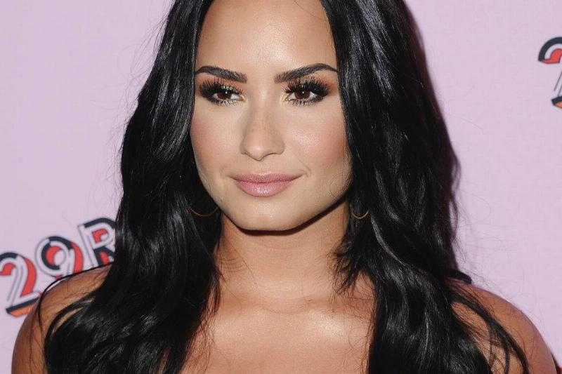 Demi Lovato Says She Feels 100 Pounds Lighter After Filming Dancing With The Devil