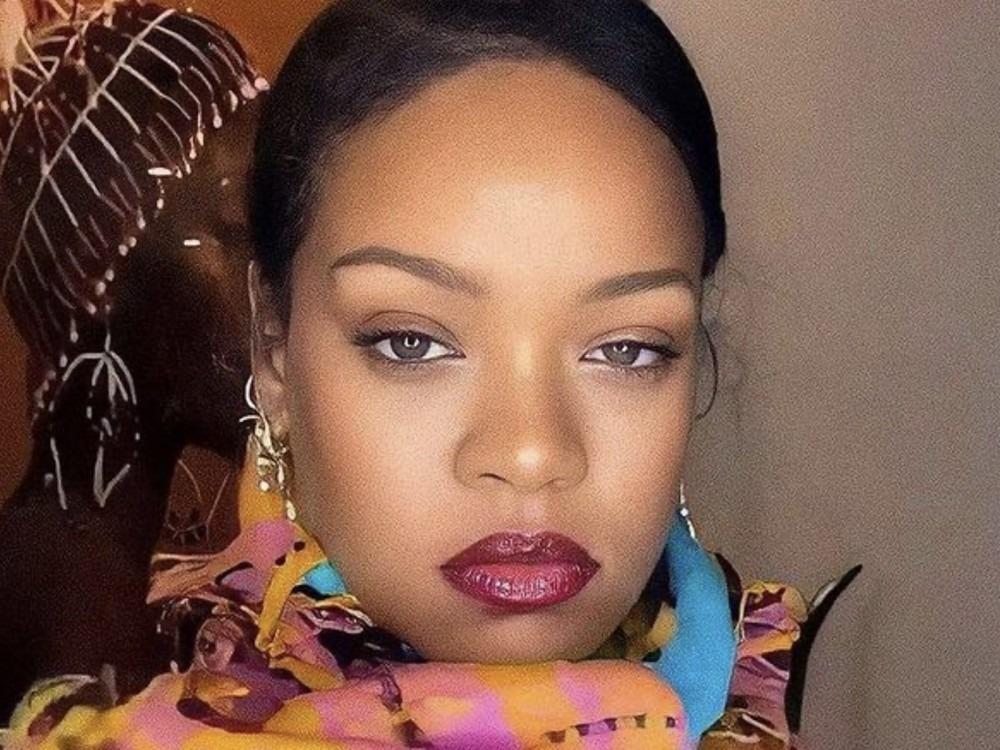 Rihanna Drops Big Bag On $10 Million Mansion