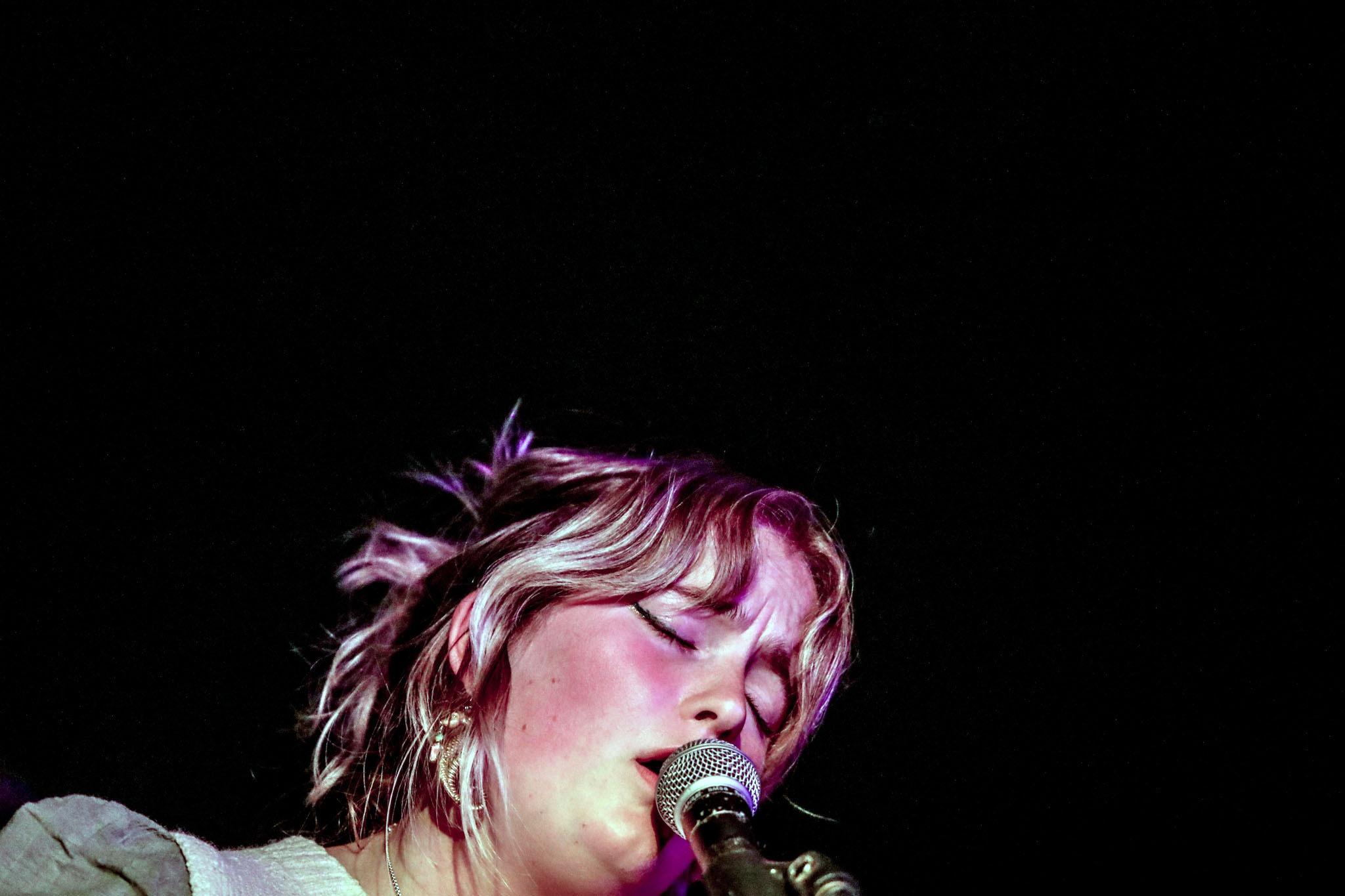 Katy J Pearson / elkyn – The Crescent, York, 05/06/2021