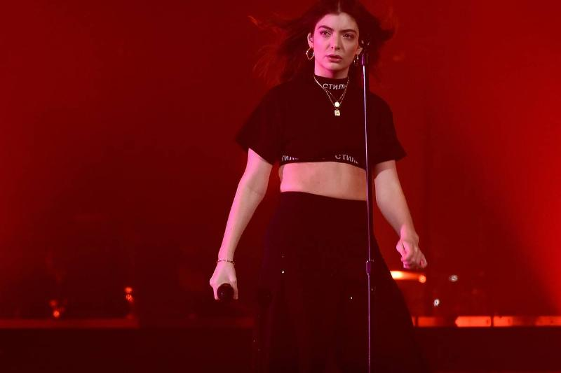 Lorde's Solar Power Will Be Unleashed This August!