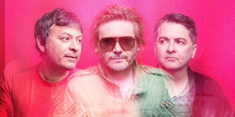 NEWS: Manics release shimmering duet with Julia Cumming: 'The Secret He Had Missed'