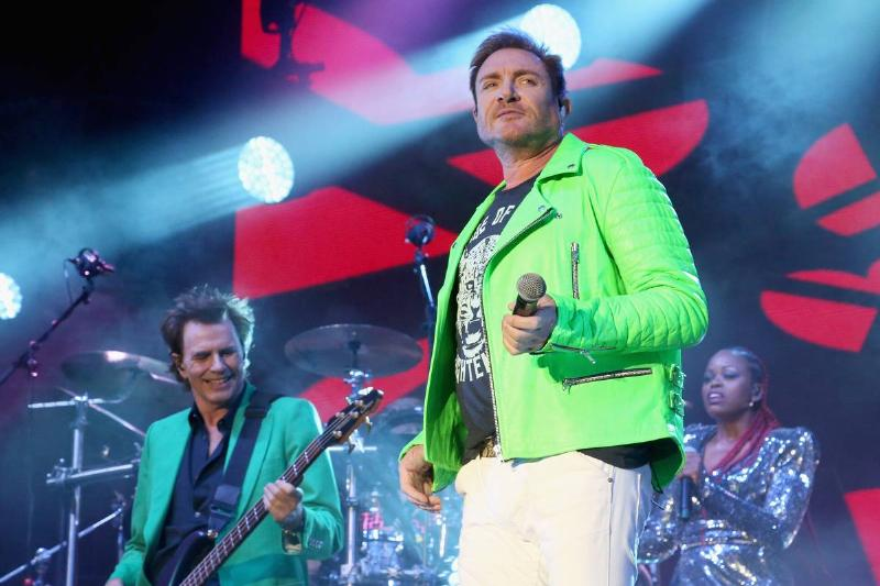 """Duran Duran Celebrate 40 Years With Performance Of """"Invisible"""" On The Tonight Show"""