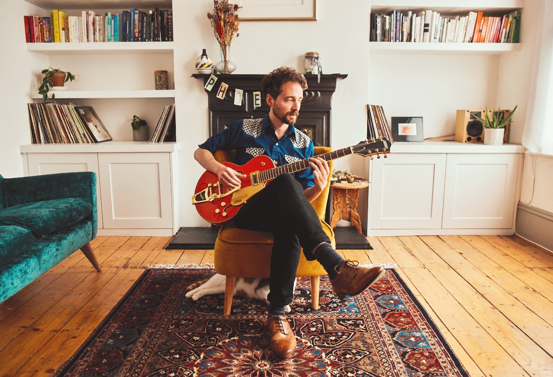 NEWS: DG Solaris shares live version of 'Sweetness Follows' (Songs from the Blue Room)