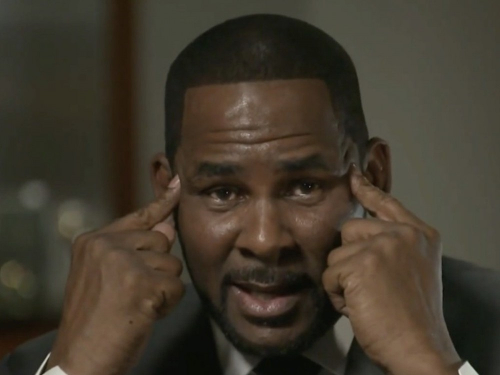 """Disturbing Details About R. Kelly's """"Chocolate Factory"""" Emerge"""