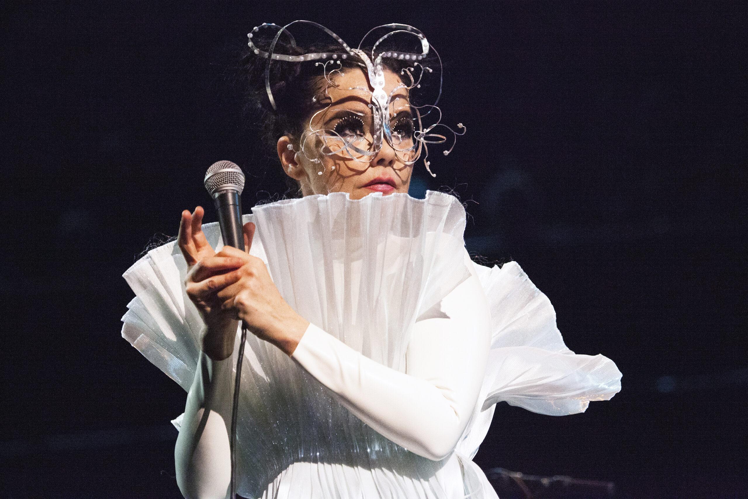 NEWS: bluedot 2022 reveals Björk as closing headliner