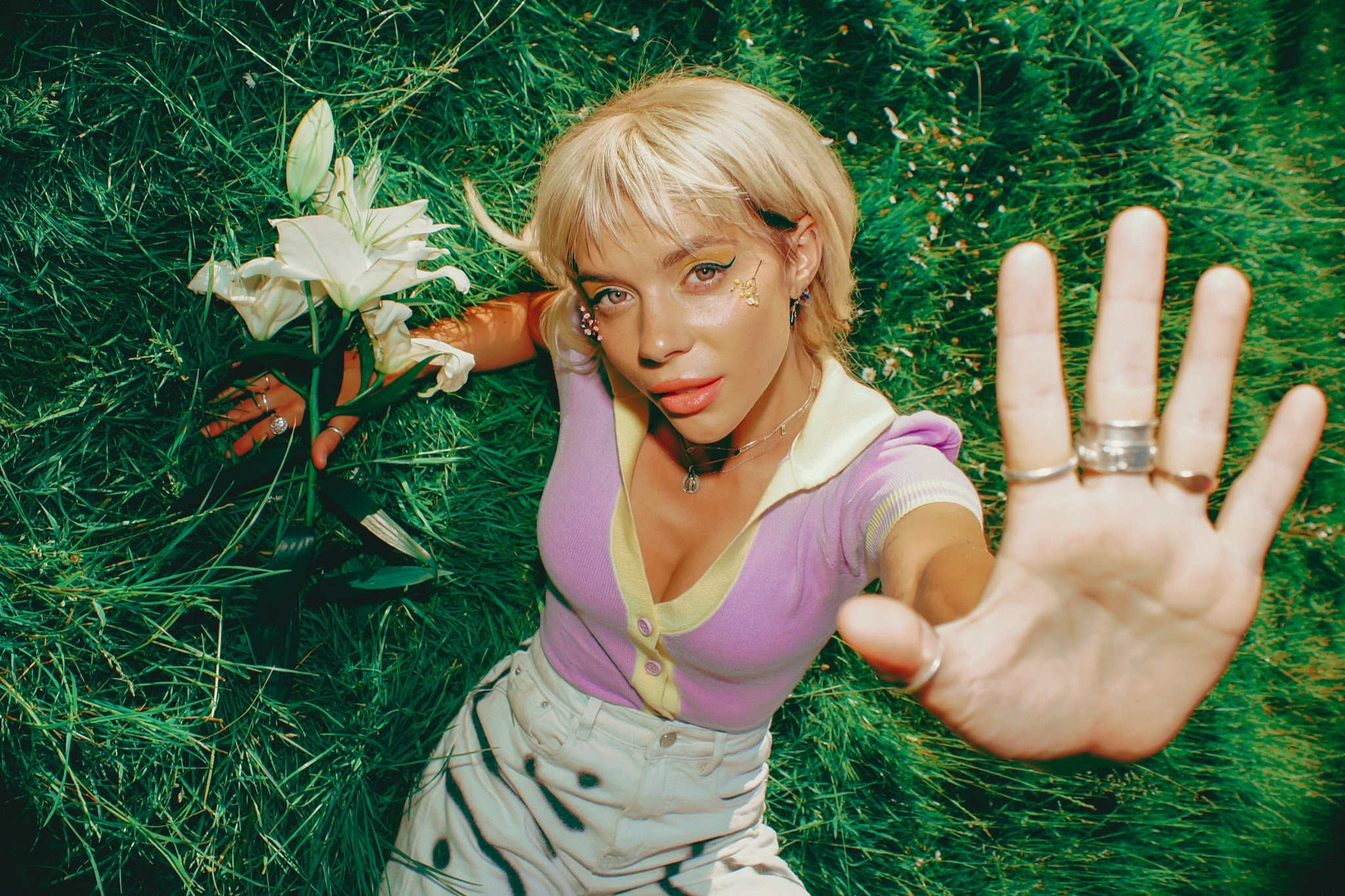 NEWS: PIXEY shares fizzing new single  'Life In Stereo'